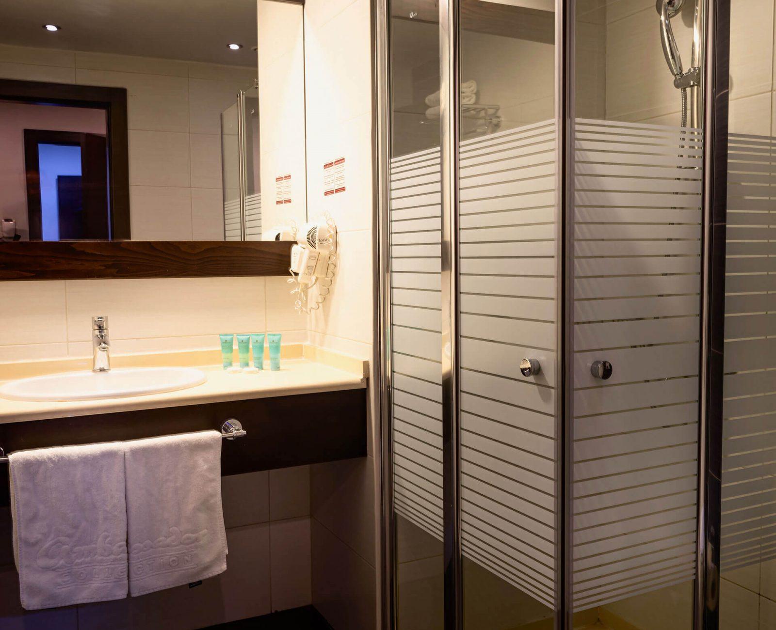 City-hotel_Standard-(4)