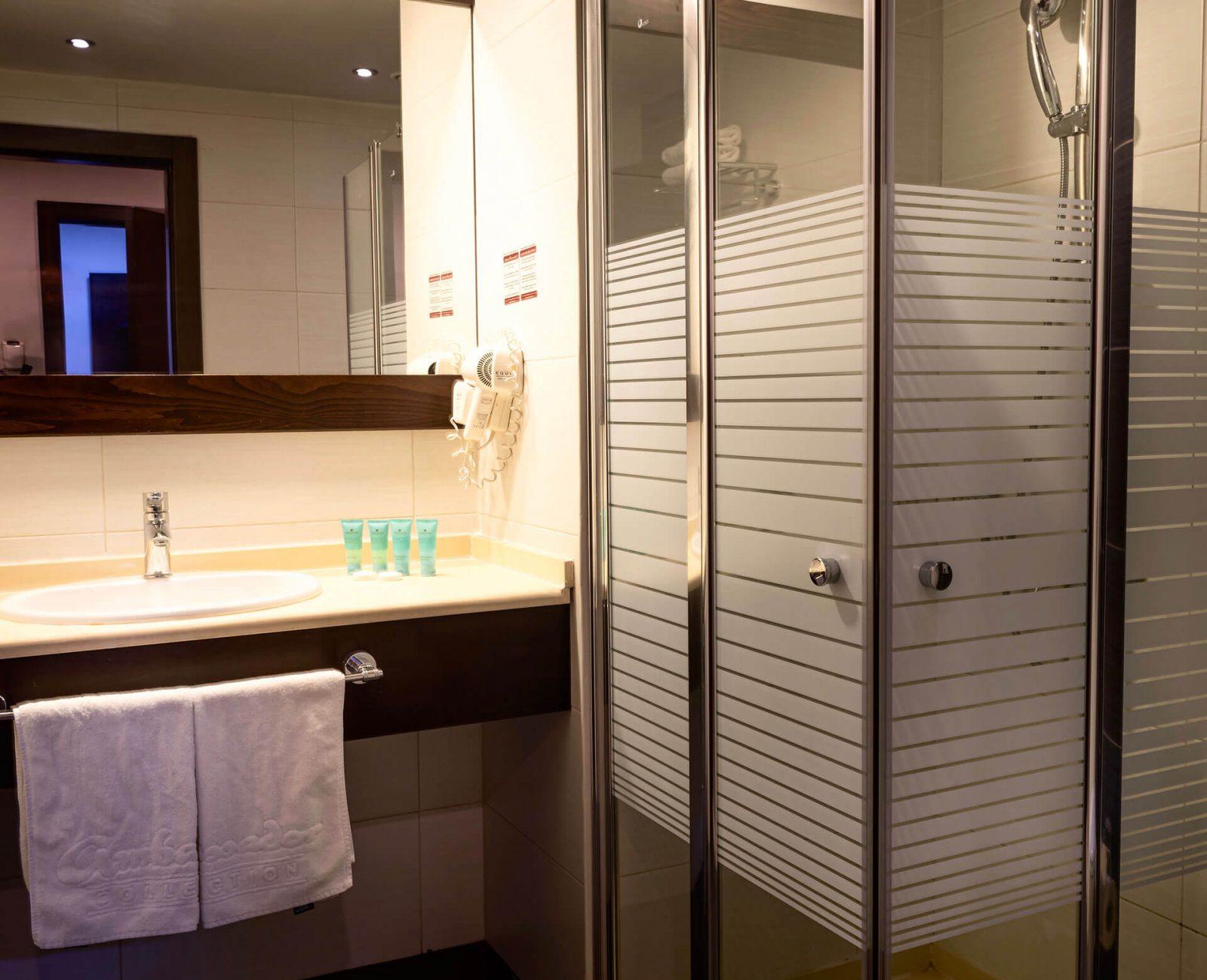 City-hotel_Suite-(2)