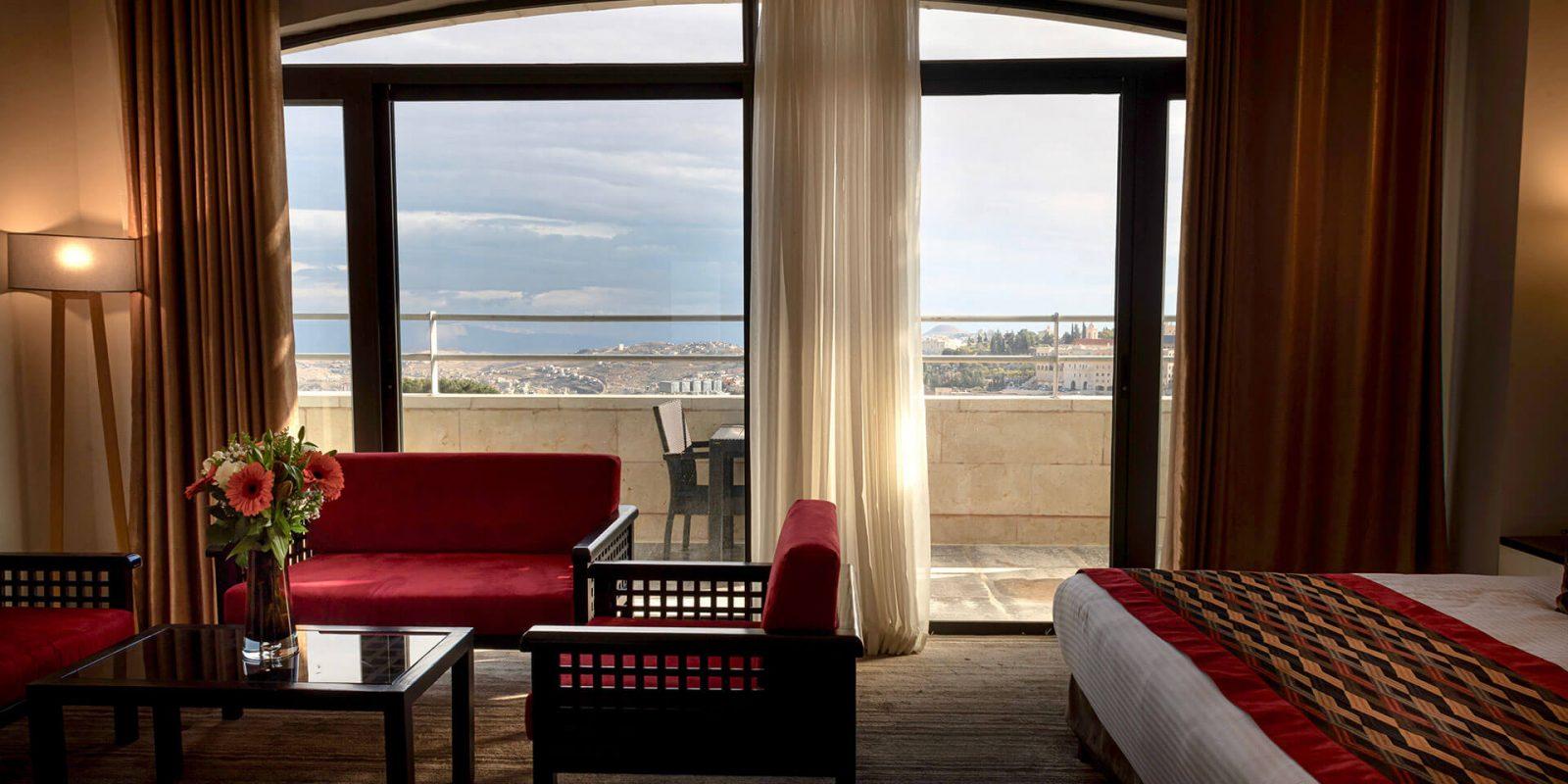 City-hotel_Suite-(4)