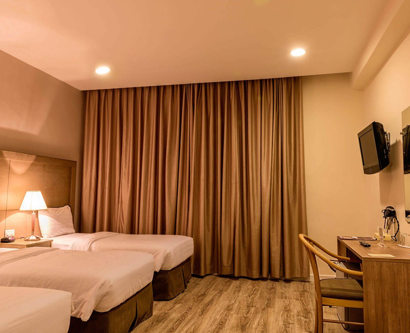 Ritz hotel_Standard Triple Room (2)