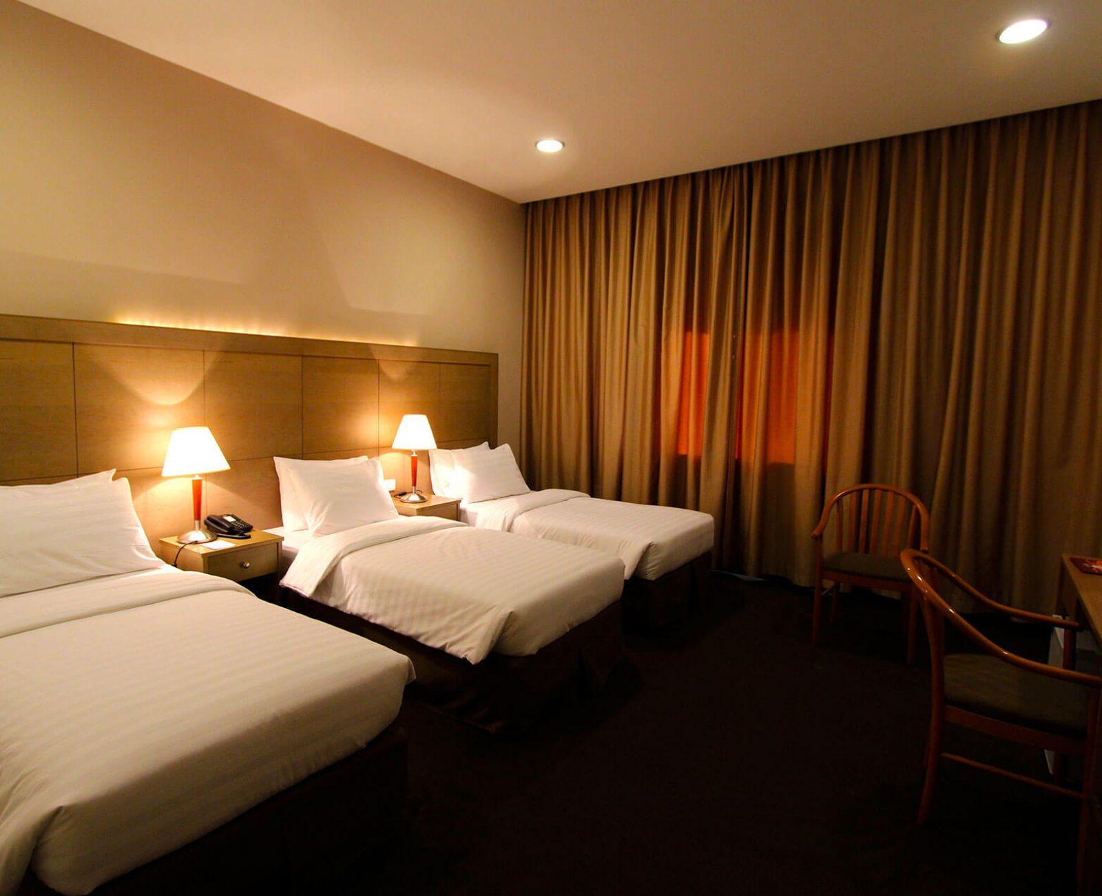 Ritz hotel_Standard Triple Room (6)
