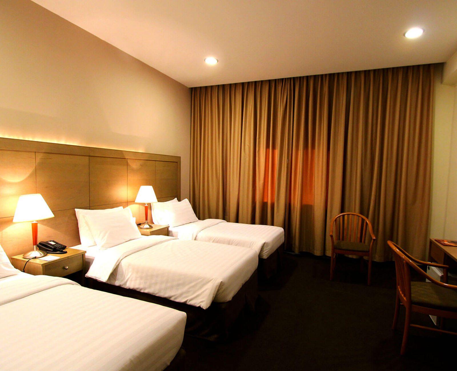 Ritz hotel_Standard Triple Room (7)